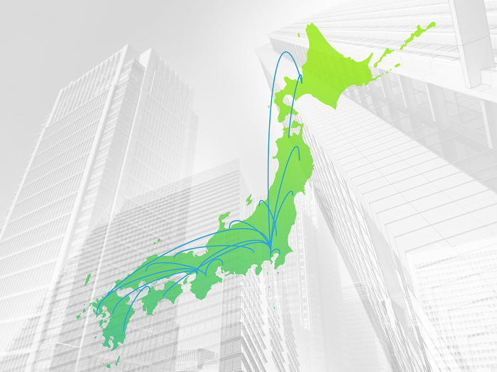日本地図と高層ビル